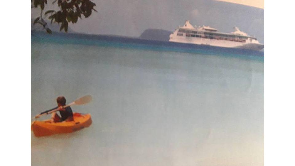 Cruise Ships Visit Champagne Beach